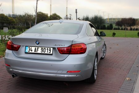 BMW 420d xDrive- arka