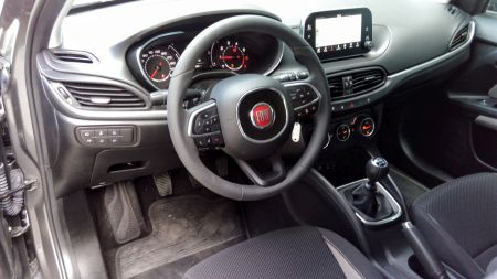 fiat-egea-hatchback-ic