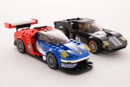 ford-gt-gt40_vs_lego