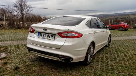 ford-mondeo-2-0-tdci-titanium-at-arka