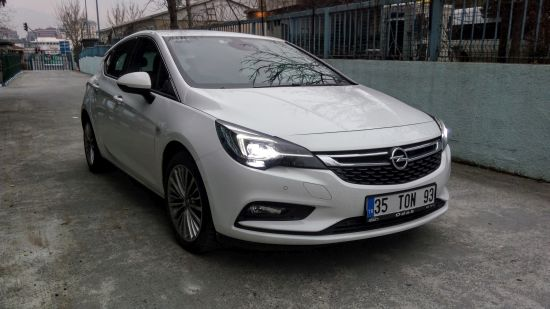 Opel Astra HB..