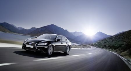 GS300h_Lexus_Fsport_shot_24_JH_2013_Reprint_2014_V2 (1)