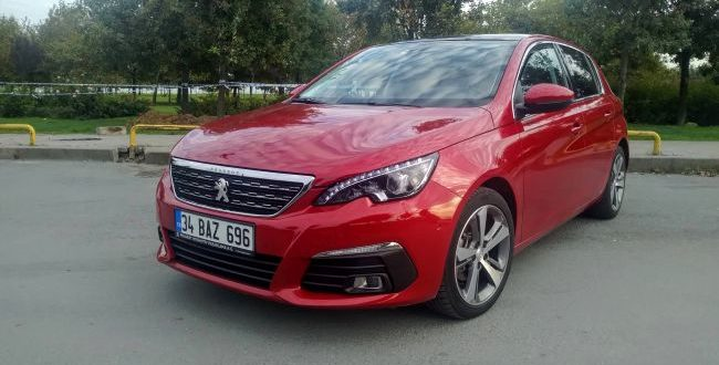 Peugeot 308 1.6 BlueHDi Allure EAT6 Testi